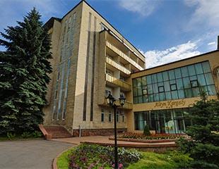 Уникальная комплексная программа оздоровления организма, а также проживание, бассейн, сауна в отеле-санатории Altyn Kargaly. Скидка 50%