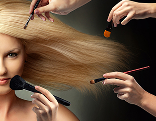 Дневной, вечерний, свадебный макияж, а также коррекция и покраска бровей со скидкой до 70% в салонеLove Beauty!