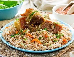 Блюда кавказской и уйгурской кухонь, широкий выбор напитков и уютная атмосфера в кафе Оргилай! Скидка 50% на меню и бар!