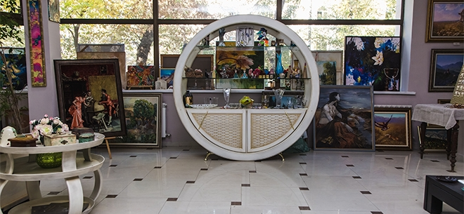 Arovana art gallery, 10
