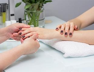 Идеальные ноготки в идеальном исполнении! Маникюр, педикюр и гелевое наращивание ногтей со скидкой 50% в салоне Onda!