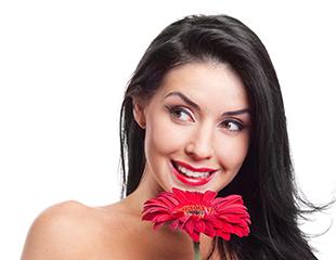 Плазмолифтинг лица, шеи, зоны декольте и кожи головы в косметологическом центре Аймед со скидкой до 70%!