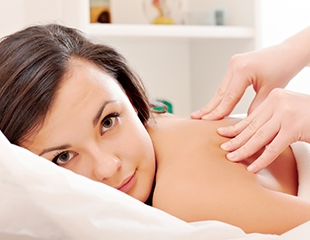 Для идеальной фигуры и полного расслабления! Различные виды массажа на выезд от профессионального массажиста Кристины со скидкой до 80%!