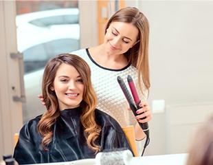 Мужские и женские стрижки, окрашивание, омбре и укладки для неповторимых Вас со скидкой до 73% от салона красоты Bella Rossa!