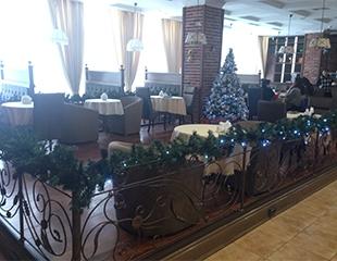 Отведай европейскую кухню!Скидка 50% на все меню и бар, а также бизнес-ланчи в кофейне Ложка в Нурлы Тау.