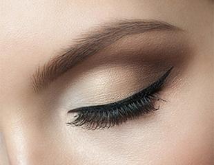 Будьте неотразимы! Татуаж бровей и губ по новой технике от Beauty & SPA Center DALIDA со скидкой до 60%!