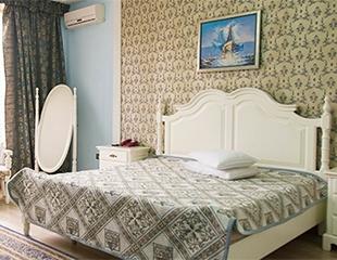 Чистый воздух и живописные красоты Алмаарасанского ущелья! Проживание в гостиничных номерах «Полулюкс» комплекса «Изумруд» со скидкой до 60%!