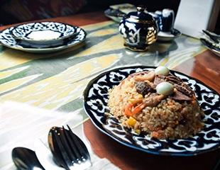 Отдохните с комфортом! Скидка 50% на все меню, бар и кальяны в ресторане Hayat Lyazzati!