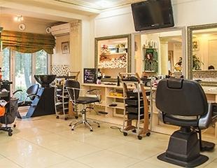Стрижки, укладки, различные виды окрашивания и другие процедуры по уходу за волосами от мастеров Батыра и Фазли в салоне Z-VIVA со скидкой до 76%!