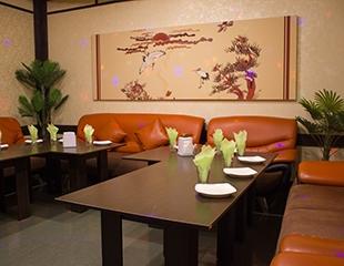 Приходите сами и приводите друзей! Скидка до 77% на аренду кабинок на 2, 3 и 4 часа в кафе-караоке SАMURAY!