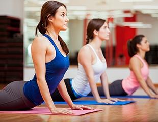 Коррекция фигуры, йога, фитнес-микс, а также аэробика со скидкой до 70% от женской студии ВЭРЮ фитнес!