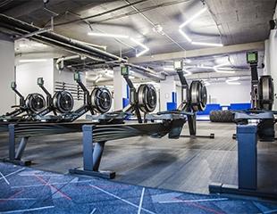 Все в одном! Безлимитное посещение кроссфит зоны, тренажерного зала, аэробики, единоборств и групповых тренировок от фитнес-центра Sport Baza со скидкой до 50%!