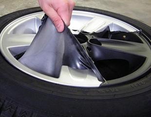 Влагостойкое резиновое покрытие PlastiDip, а также защитная пленка для дверных ручек и торцы дверей автомобиля от компании Gmask Auto! Скидка до 60%