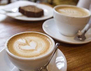 Спешалти кофе собственной обжарки и другие напитки со скидкой 100%, а также  вкуснейшие десерты на выбор и пачка любого кофе в зернах со скидкой 20% в кофейне Sensilyo!