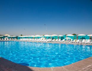 Успей купить! Больше прохлады в летний день! Посещение бассейна Керуен Aqua для детей и взрослых со скидкой 33%!