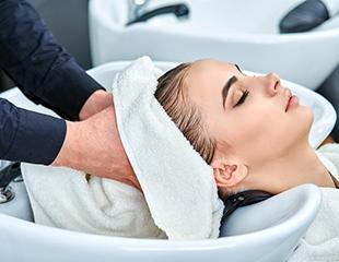 7 процедур для красоты и здоровья волос от салонаCinema со скидкой до 80%!