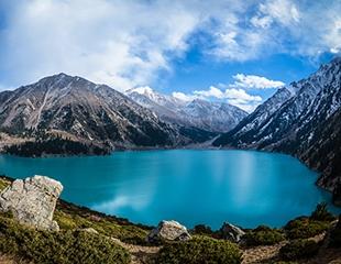 Насладись красотой родного края! Тур на Большое Алматинское Озеро, водопад Аю-сай и соколиный питомник Сункар со скидкой 25% от компании Нулевой Километр!