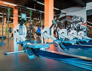 Сила, мощь и скорость! Дневные и неограниченные абонементы на 1 или 3 месяца посещения кроссфит в спортивном клубе Apelsin со скидкой 50%!