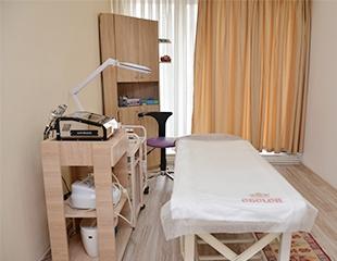 Скидка до 77% на депиляцию различных частей тела в салоне