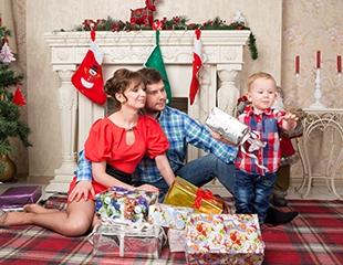 Запечатлеть момент! Семейные, новогодние и Love story фотосессии со скидкой до 38% от фотостудии Top Photo!