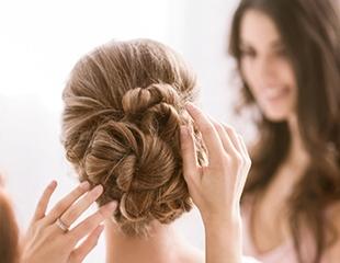 Стрижки, укладки и окрашивание для женщин, а также мужские и детские стрижки со скидкой до 75% в салоне красоты Glamour!