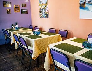 Еда как в отпуске! Настоящая тайская кухня со скидкой 50% на все меню и бар в тайском кафе Bangkok!