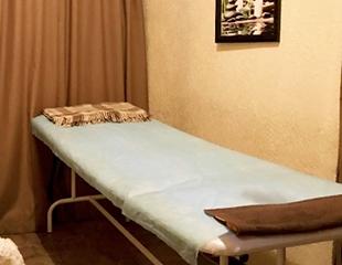 Общий, баночный и антицеллюлитный массаж от профессионального массажиста Зейнап со скидкой до 80%!