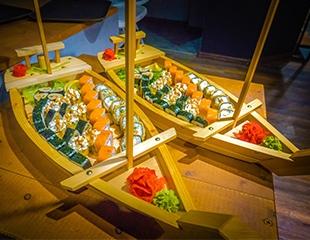 Вкусно от Ginger Sushi! Роллы, пиццаи суши со скидкой 50% + бесплатная доставка!