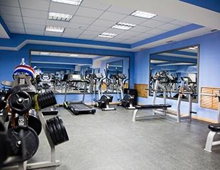 Безлимитные абонементы на 1, 3 или 6 месяцев посещения со скидкой до 67% в новый тренажерный зал BeFitness на Рыскулбекова!