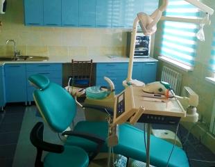 Лечение, удаление и ультразвуковая чистка зубов для детей и взрослых со скидкой до 51% от медицинского центра Medi-AR!