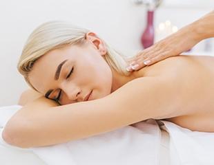Лечебный массаж, антицеллюлитный и класический, а также массаж различных зон в медицинском центре Fenix Med со скидкой до 56%!