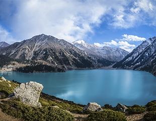 Тур на Большое Алматинское Озеро + 4 водопада: «Слезки», «Медвежий», «Безымянный», «Хрустальный» от компании Blast Tour со скидкой 25%!