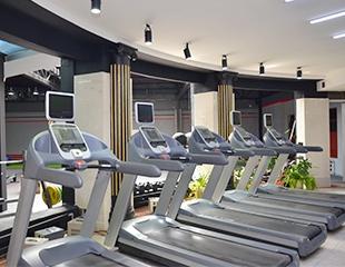 Enjoy Fitness Renessans: получайте удовольствие от фитнес-классов, бассейна, тренажерного зала и сауны со скидкой до 60%!