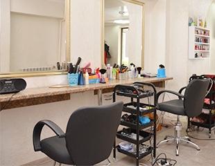 Стильный образ! Стрижки, а также различные процедуры для волос со скидкой до 74% в салоне красоты Glamour!