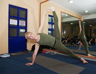 Гармония тела! Оздоровительная гимнастика с элементами различных направлений йоги со скидкой 50% в студии Юлии Глуховой при СК Динамо!