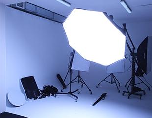 Студийные фотосессии и аренда студии от фотостудии Bello со скидкой до 52%!