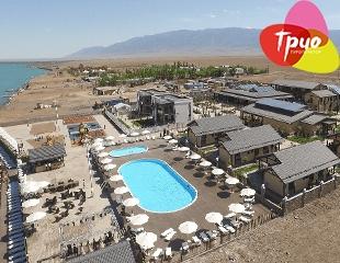Отдых так близко! Проживание в номерах «Стандарт», «Полулюкс» или «Люкс» + завтрак в отеле Grand Ville Resort на Алаколе!