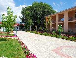 Проведите выходные на Иссык-Кульском побережье! Проживание на 3 или 4 дня в пансионате «Сайран» от компании Spaсe Travel!