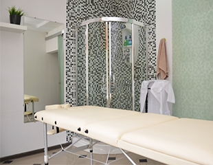 Массаж общий, антицеллюлитный, антистрессовый, лимфодренажный, а также по различным зонам от массажиста Кадырбека в салоне красоты Classic со скидкой до 75%!