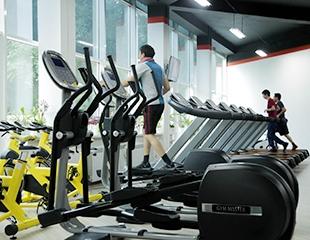Безлимитные абонементы на 1, 3 и 6 месяцев в фитнес-клуб First Fitness со скидкой 50%!