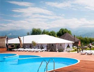 Наслаждаемся летним отдыхом в бассейне Rancho Club! Билеты в будние и выходные дни со скидкой до 52%!