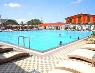 Территория семейного отдыха: посещение бассейна с подогревом, русской бани и хамама в комплексе Uniflex для взрослых и детей со скидкой 30%!