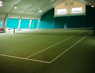 Мастер-класс по игре в большой теннис, а также аренда корта, футбольной и волейбольной площадок в Family tennis club! Скидка 50%