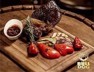 Snoop Dog or Bull Dog? Of course BULL! Мощные блюда и четкие напитки со скидкой 50% на все меню и бар в Bull Dog!