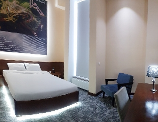 Проживание на двоих, а также завтрак и посещение бассейна с подогревом в гостинице на территории «СТК Сокол» со скидкой 30%!