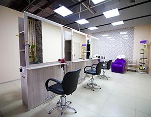 Стрижка горячими ножницами и укладка в салоне красоты Dogan Hair Studio в ТЦ Атакент Mall со скидкой до 74%!