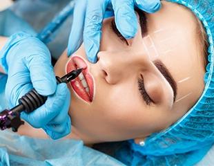 Акцент на изящности! Татуаж бровей и губ, микроблейдинг бровей и массаж лица с альгинатной маской в салоне красоты Anel со скидкой до 50%!