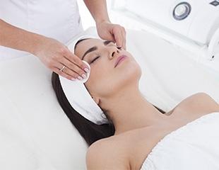 Биоревитализация лица и шеи, механическая и ультразвуковая чистки лица со скидкой до 87% в салоне красоты «Лэйли»!