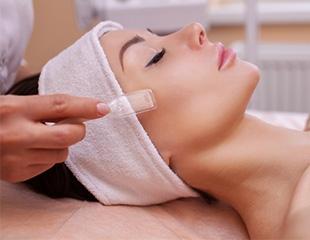 Сахарная, механическая или вакуумная, комплексная чистка лица от косметологического кабинета Fenix Med со скидкой до 63%!