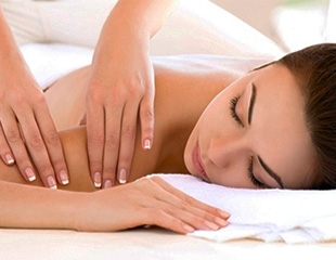 Отдых для здоровья! Парение в фитобочке, а также различные виды массажа от мастера Жулдыз со скидкой до 85%!
